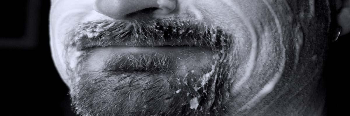 Baard afscheren / verwijderen