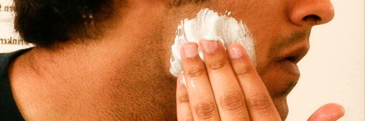 Tips voor het aanbrengen van scheerschuim